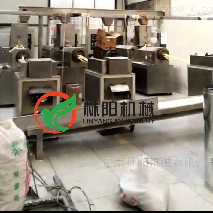 玉米锅巴生产设备膨化锅巴机