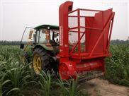 小四轮带玉米秸秆青贮机械