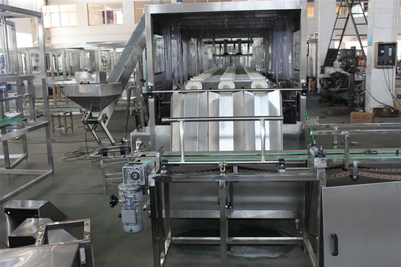 小型不锈钢饮料生产设备桶装水灌装机