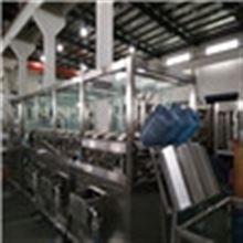 QGF全自动小型桶装水饮用灌装生产线