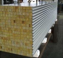 烟台净化彩钢板隔断安装之如何选择材料