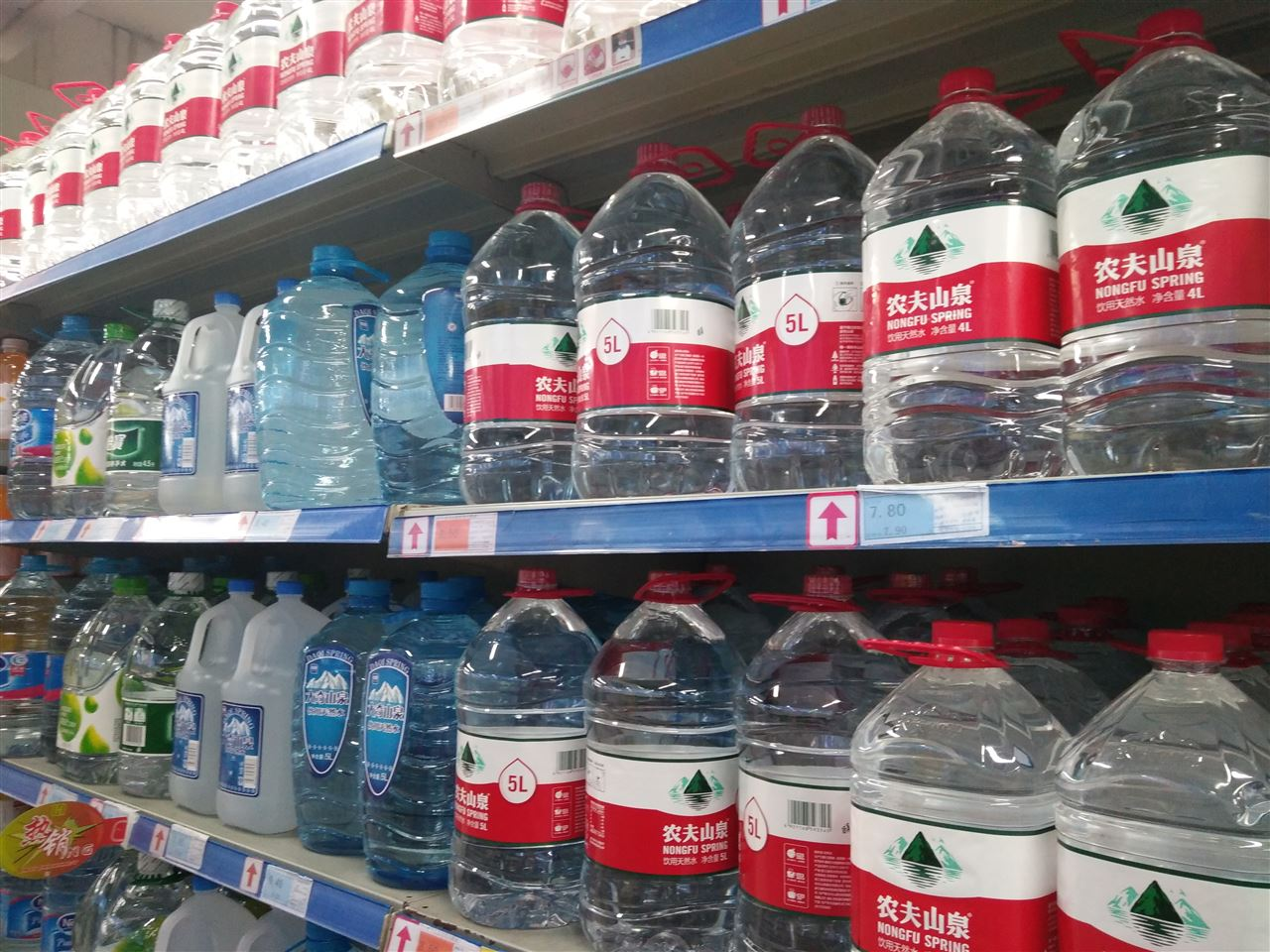 纯水机市场商机无限 国产品牌需打破低端桎梏