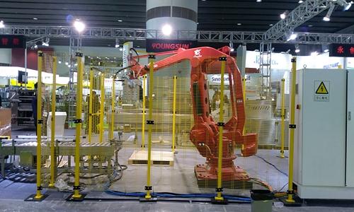 机器人也可激光加工 解决这些问题或迎来规?;τ?/></a>             <p>我国的机器人激光加工行业已经迎来了初步发展,市场具备相当<a href=