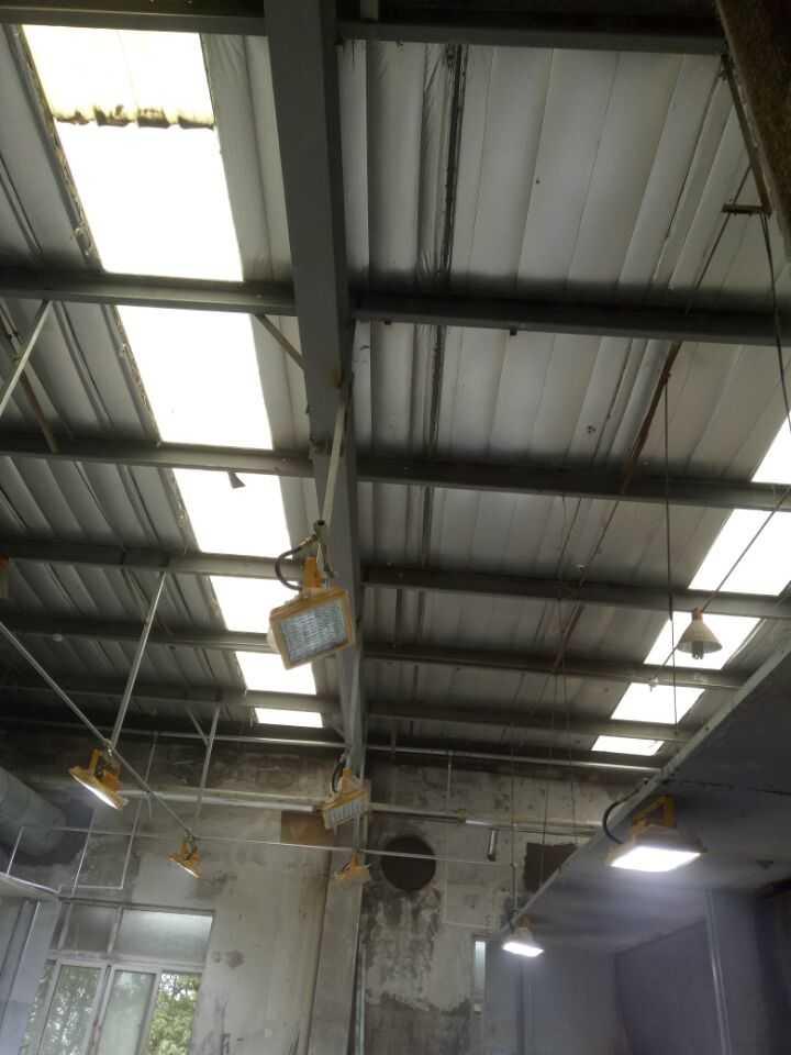 钢结构厂房灯具安装用什么材料固定灯具