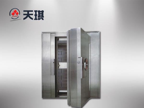 深圳银行金库门实拍图片